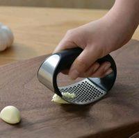 جديد الفولاذ المقاوم للصدأ الثوم الصحافة المطاحن دليل الثوم المفرمة أدوات تقطيع منحنى الفاكهة الخضار أداة مطبخ أدوات EWA6307