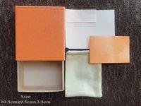 Lettres imprimées orange à la mode Boîte à bijoux et accessoires adaptés aux boucles d'oreilles en anneau Bracelet collier (la boîte n'est pas vendue séparément)