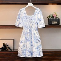 Casual Dresses Large size small square collar oil painting floral skirt French retro lace up short sleeve dress summer style