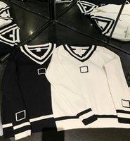 Frauen Strickpullover Kleiner duftender Wind Schwarz Weiß 2 Farben V-Ausschnitt Strickpullover Herbst Kleidung Outwear