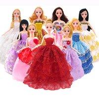 Blanco elegante hecho a mano princesa princesa vestido muñeca floral muñeca vestido ropa ropa multi capas muñecas accesorios 1339 y2