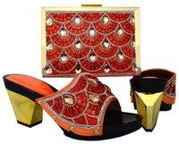 Juego de zapatos y bolso de las señoras italianas de color naranja de alta calidad decoradas con Rhinestone Rhinestone Nigeria Mujeres African Party Zapatos Vestido