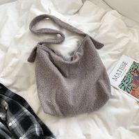 New Style 77619 Winter Women Plush Bads Big Capacity Plush Lamb Wool Shoulder Bags Female Ladies Casual Big Shopper Tote 1033 V2