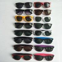 Lunettes de soleil de marque pour hommes Femme Protection UV Classique Sportif Conduite Sun Lunettes Sun Personnalité Trend Revêtement de réflexion Lunettes de revêtement réfléchissant