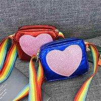 Fashion mignon scintillant coeur imprimé sac pour enfants jolie sangle d'arc-en-ciel d'une épaule Sacs de messagerie en cuir enfants enfants filles mini sac de sac à main carré g73wp4q