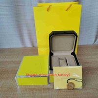 Venta caliente Caja amarilla de alta calidad 1884 SuperVenger Superocean Reloj Papeles de caja originales Cajas Bolso de madera para relojes Chronespace