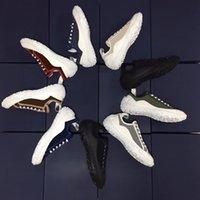 Neueste Männer Frauen B28 Casual Shoes Black Print Stickerei Leinwand Schuh Marke Classic High-Top Platform Sneakers Mode All Match Trainer