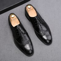 Luxury Italian Mens Leather Pointed Toe Business Wedding Shoes Fashion Designer Lace-Up Party Formal Business Black Loafers H32
