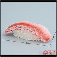 مغناطيس مجموعة من ثلاثة مغناطيس الثلاجة اليابان السلمون السوشي الغذاء نموذج المطبخ الديكور المغناطيسي ملصق الإبداعية لصق فنية ستيريو هدية WM KW4TJ