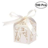 100pcs Couple Design Luxe Lase Cuase Sweets De Mariage Sucky Cadeau Cadeau Boîtes de Favories avec décorations de table ruban (Crémy-beige) 210724