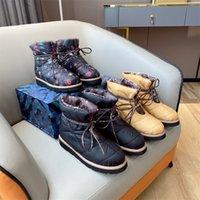 2021 Designer Femmes Oreiller Bottes d'hiver Boot Boot Fleurs Print Chaussures à lacets en plein air Imperméable Down Luxe Gardez une chaussure de neige en coton chaud avec une boîte 35-41