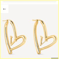 Big Tamaño Mujer Pendientes de aro Moda Letter Love Gold Stud Pendientes Lady Luxury Designer Heart Pendiente Marcas Joyería al Por Mayor 21083006R