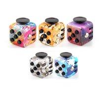 DICE DE DECOMPRESIÓN Fidget Toy Infinite Cube Adulto Niños Estrés Alivio Foco Atención Oficina dedo Dedo Juguetes Regalos de cumpleaños