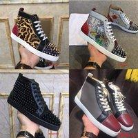 Marka En Kaliteli Erkek Tasarımcılar Ayakkabı Junior Spikes Düz Çok Renkli Kadın Rahat Ayakkabı Lüks Parti Elbise Düğün Hakiki Deri Kırmızı Altları Sneakers