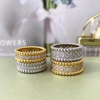 women Designer ring cleef Rings Necklaces Screw Bracelet carti Party Wedding Couple Gift Loves Fashion Luxury van Ring Bracelets with box asdfeashvjghsdgfds
