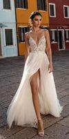 2021 Beach Wedding Dress Boho vestido de noiva Bohemian Side Split Lace Bridal Dress Backless Spaghetti Straps Wedding Gowns
