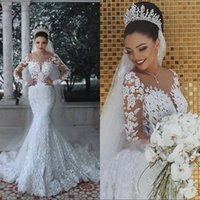 2019 Vintage Mermaid Scoop Wedding Dresses Long Sleeves Applique Lace up Bridal Wedding Gowns Bride Dress