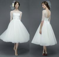 Уникальный стиль A Line Bateau Длина чая Белое кружево из органзы декольте Сад Свадебные платья с половиной рукава с низкой спиной Пляжное свадебное платье