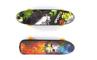 Alta calidad lindo favor de partido niños Mini dedo diapasón Skate embarque juguetes regalo YH018