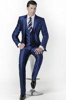 Сшитый жених смокинги Пик отворот мужской костюм Блестящего темно-синий дружка / Жених Свадьба / Пром костюмы (куртка + штаны + Tie + Vest)