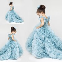 2016 Ice Blue Princess Flower Girl Pageant Платья Tiers Organza Cute Runway Fashion Gowns Придворный поезд Lovely Child Cupcake Dresses BO9289