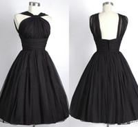 Bon marché robe de demoiselle d'honneur courte de halter sans manches Empire A-line robe de bridemaid plus taille vraie robe photo faite sur mesure