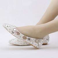 2019 Beatiful Flat Heel Branco Pérola Sapatos de Casamento Confortável de Cristal Flats De Noiva Personalizado Mãe de Sapatos de Noiva Plus Size 42 43