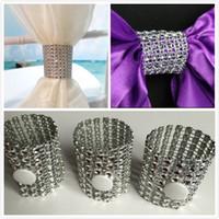 Boucles de serviettes de mariage Crystal Perles Perles Perles De Mariage Décorations De Mariage Chaise de mariage Couvre Couvertures Capuches pas chers en stock 2015