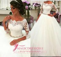 Charme dentelle robes de mariage à manches longues Robes de mariée 2015 A-ligne-épaule Plus Size Cour Appliques train Vintage Garden Custom Made