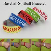 Bracelet de softball / baseball fait main. Entièrement fabriqué à partir des lacets et du cuir.