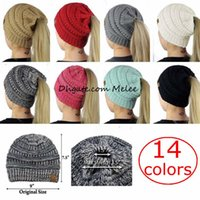 14Colors Big Girls Mulheres CC Ponytail Caps CC Knitted Beanie Moda Meninas Inverno Chapéus quentes Chapéu Back Hole Pony Tail Autumn Casual Beanies