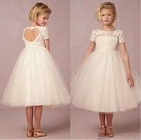2016 Cute White Flower Girls Dresses Bambini Little Girl Pageant Dress Lace Tea Lunghezza Tulle Bambini Abiti lunghi Flower Girl Custom Made