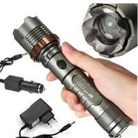 المشاعل UltraFire 2000 لومينز مشاعل CREE XM-L T6 LED زوومابلي التكبير مضيا الشعلة مع شاحن AC / شاحن سيارة