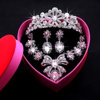 2016 Sistemas nupciales de la joyería de la manera con el collar cristalino del Rhinestone Collar de la novia Pendiente fijado Joyería brillante de la boda para el acontecimiento del partido