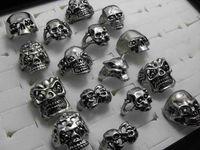 Anelli della lega gotica dello scheletro del cranio 30pcs Anelli punk all'ingrosso di stile per gli uomini