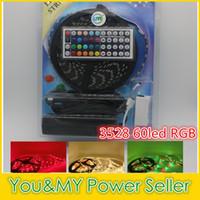 3528 DC12V 60LED / m 5M / Rolle RGB LED-Streifen wasserdicht / nicht wasserdicht 5M-Streifen + 44-Tasten-IR-Fernbedienung + 12V 5A-Adapter
