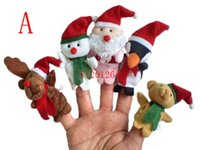 100 unids / lote DHL Envío Gratis 7 cm Mini tamaño Feliz Navidad marioneta de dedo Papá Noel muñeco de nieve oso juguetes de peluche