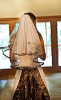 새로운 패션 Camo 웨딩 베일 팔꿈치 길이 맞춤 제작 Tulle Appliqued 2 층 신부 베일 새시 무료 배송