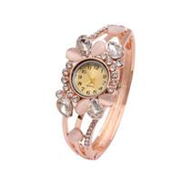 Luksusowy Rhinestone Opal Bransoletka Zegarki Genewa Kwarcowy Zegarek Kobiety Kwiat Zegarek Biżuteria (rozmiar: 6 cm, Kolor: Złoto)