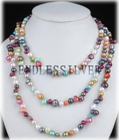 Joyas del día de Navidad Colores mezclados Collar de perlas de agua dulce con cuentas largas de 60 pulgadas coloridas para la fiesta de la perla