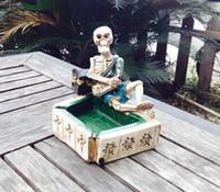 Ücretsiz nakliye toptancılar ----- 2015 yeni Mahjong reçine kafatası küllük kişilik, ürün boyutu 12.5 * 8.5 * 12.5 cm, kişiselleştirilmiş hediye çocuk