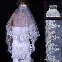 Vintage Beyaz Fildişi Uzun Tül Düğün Gelin Peçe İki Katmanlar Aplike ve Sequins Dantel Düğün Veils ile Tarak Üst Gelin aksesuarları