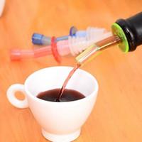 Tatil Satış 4XDispenser Likör Şişe Pourer Şarap Yağı Akış Zeytin Düşük Fiyat Ile Bacalı Stopper Set Dökün
