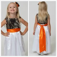 Lovely Camo Flower Girl Dresses for Weddings 2015 Jewel Neck Camouflage Forest Flower Girls Wear con cintura Realtree Girl Pageant Gowns
