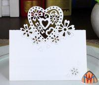 100 قطع الليزر قطع الجوف القلب زهرة ورقة الجدول رقم بطاقة اسم بطاقة لحفل زفاف مكان بطاقة تزيين