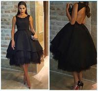 Romántica una línea negro corto prom apliques con gradas abullonadas vestido de noche barco cuello longitud de té espalda abierta formal vestidos de fiesta 2015 Chic
