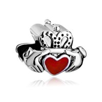 Charm Bracelet Pandora per il braccialetto europeo del cuore dello smalto rosso irlandese Claddagh Amicizia metallo