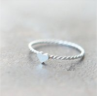 Aşkın Yeni Sevimli iplik Ucuz gümüş yüzük Kalp Yüzük Çinko alaşımlı malzeme güzel kadının yüzük çevirin yüzük