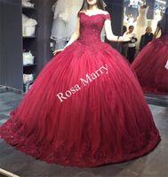 Księżniczka Masquerade Sweet 16 Ball Suknia Quinceanera Prom Dresses 2020 Off Ramię Cekinowe Zroszony Red Puffy Tulle Arabski Vestidos DE 15 Anos