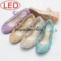 4 cores Led crianças Sandálias Sapatos Leve Meninas Princesa Sapatos de Cristal Azul Sandálias Meninas Cosplay Sapatos Azul PVC Buraco Floco De Neve Sandália crianças